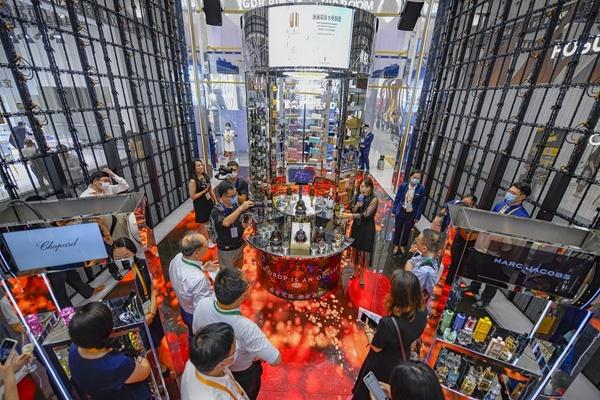 今天闭幕的首届消费展览会旅行人数连续上升|要不要海南消费展览会门票